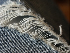 guest-post-thrifting-shredded-jeans